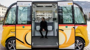 SmartShuttle based in Sion - go to www.spiegel.de