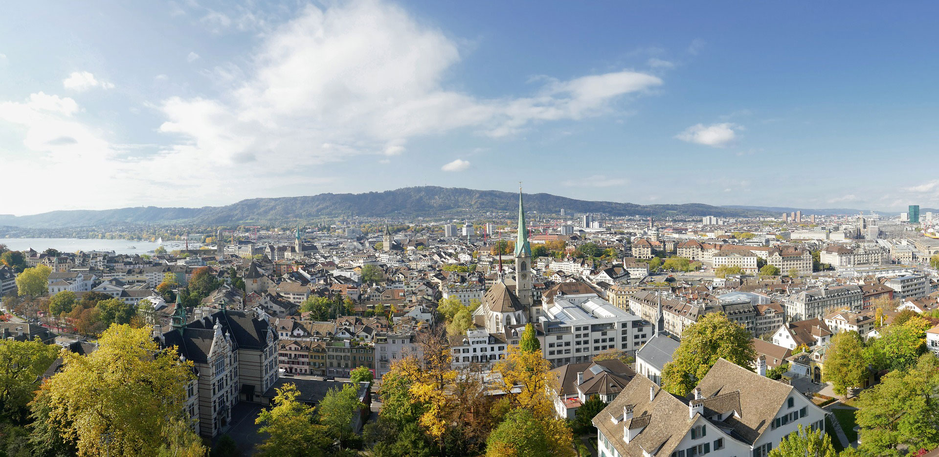 Does the population of Zurich waste too much water?